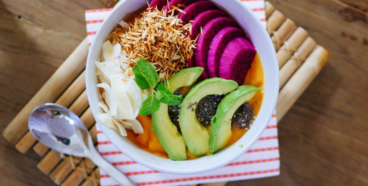 Notre sélection des meilleurs livres de recette végétarienne : test, fiches complètes et avis